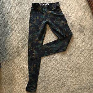 Nike Camouflage Legging Workout Pant Size small